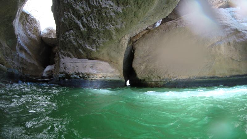 oman-highlight-wadi-shab-schwimmen-15