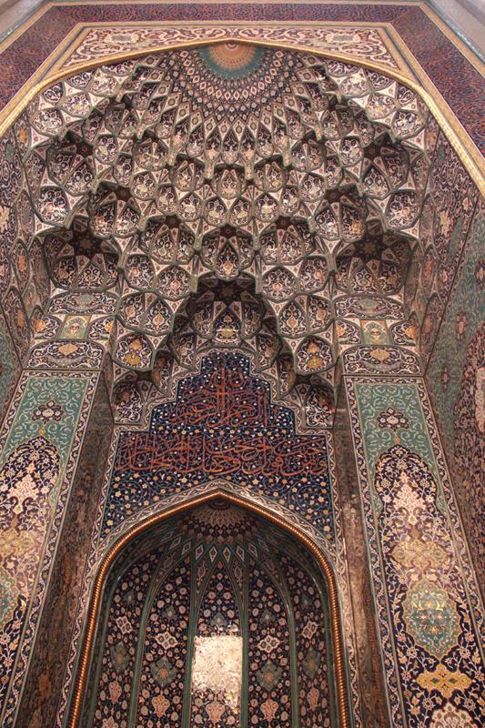 oman-maskat-grosse-sultan-qaboos-moschee-mihrab