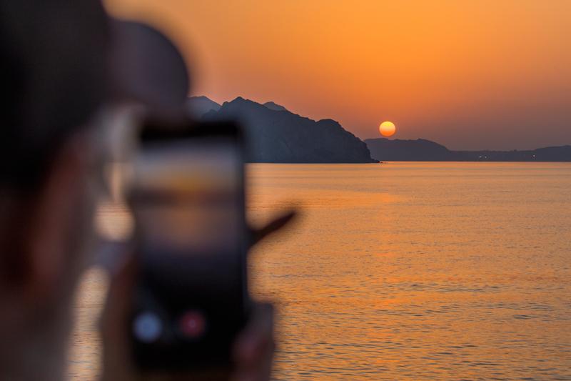 oman-maskat-kueste-ausflugt-tour-sonnenuntergang-aufnahme