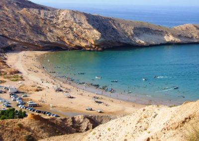 oman-maskat-kueste-urlaub-qantab-beach-meer-baden
