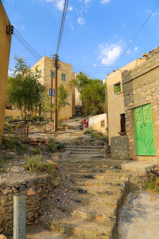 oman-misfat-al-abriyyin-tour-treppe