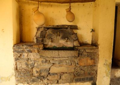 oman-misfat-al-abriyyin-urlaub-moschee-trinkwasser