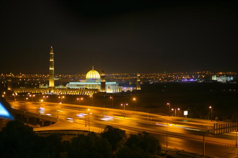 oman-muscat-grosse-sultan-qaboos-moschee-nacht