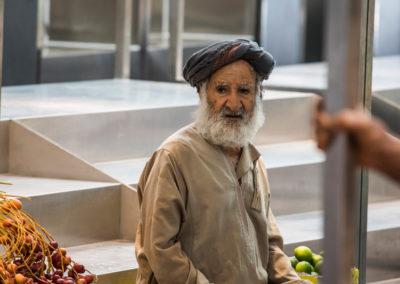 oman-muscat-mutrah-fischmarkt-souq-obst-gemuese-menschen