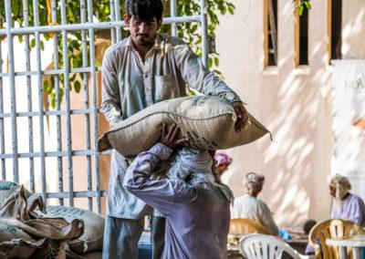 oman-nizwa-arbeit-souq-transport