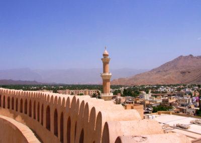oman-nizwa-fort-burg-tour-minarett