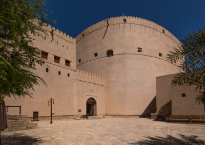 oman-nizwa-fort-burg-tower-runder-turm
