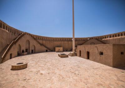 oman-nizwa-fort-burg-tower-rundturm-reise