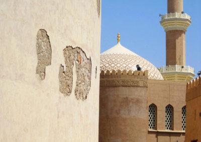 oman-nizwa-moschee-reise-minarett