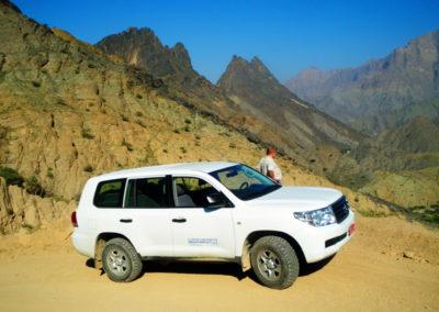 oman-offroad-tour-wadi-bani-awf-berge