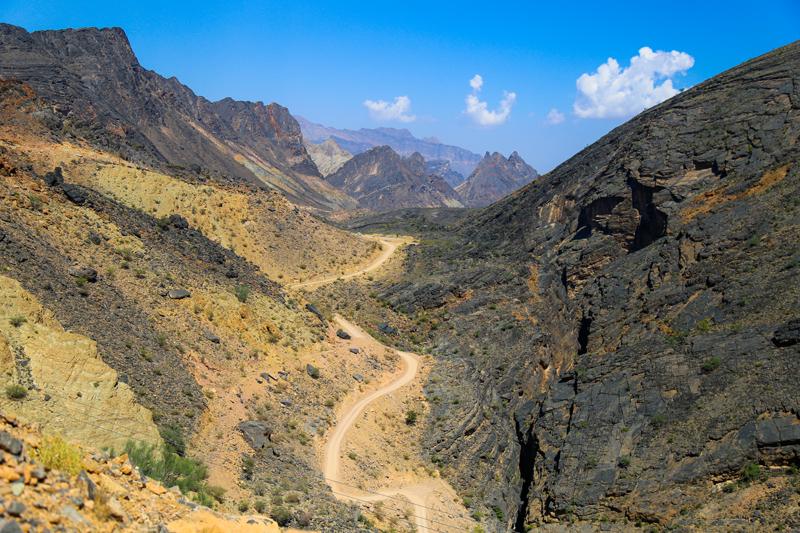 oman-offroad-tour-wadi-bani-awf (4)