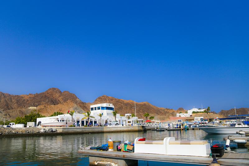 oman-reise-bootstour-marina-bandar-al-rowdha