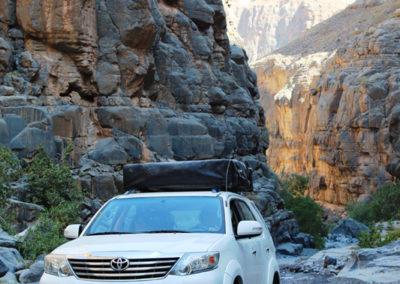 oman-reise-wadi-grand-canyon-dachzelt