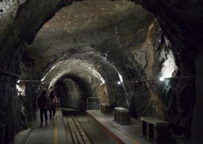 oman-rundreise-al-hoota-cave-nizwa-tunnel