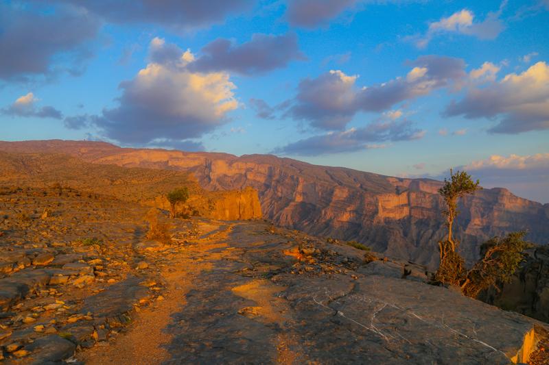 oman-rundreise-jabal-shams-grand-canyon-ausblick