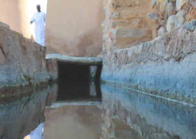 oman-rustaq-fort-falaj-wasserkanal-rundreise