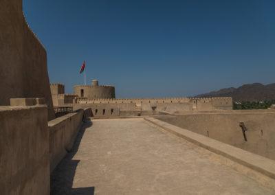 oman-rustaq-fort-rundturm-ruhe-urlaub