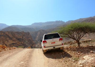 oman-salmah-plateau-offroad-berge-plateau-hochebene-reise