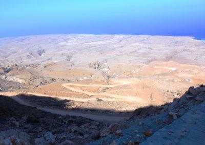 oman-salmah-plateau-offroad-serpentinen-rundreise