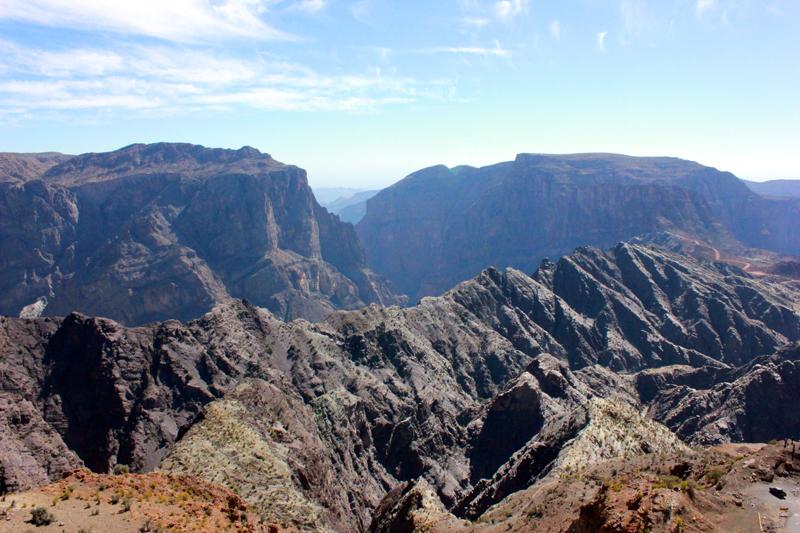 oman-sayq-plateau-canyon-rundreise-hajar-gebirge