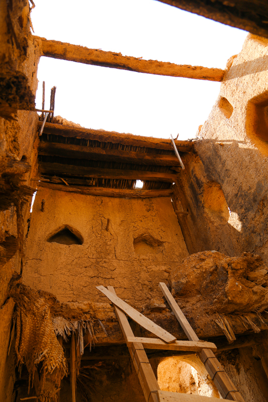 oman-tanuf-ruinen-tour-haus