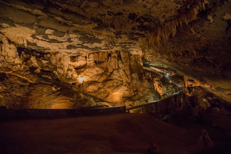 oman-tour-al-hoota-cave-nizwa-geologie-hoehle