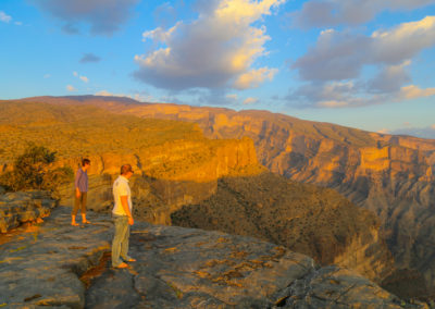 oman-urlaub-jabal-shams-grand-canyon-abgrund