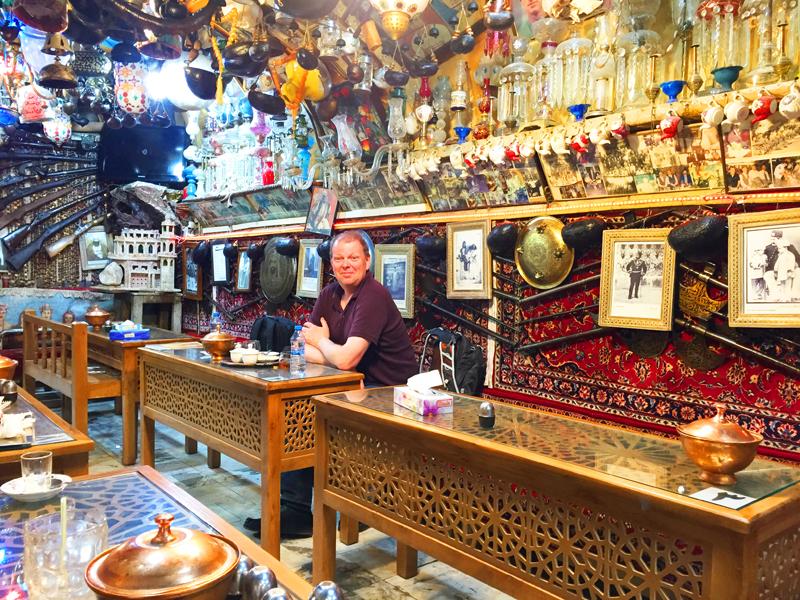 iran-tour-kultur-reise-isfahan-basar-cafe