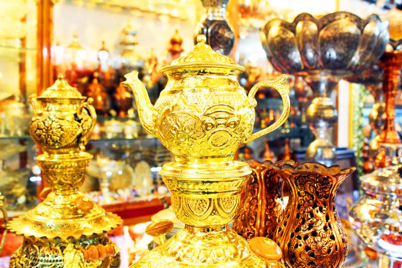 Übrigens ist der Basar in Isfahan ein Highlight unserer Rundreise durch Iran und wir können hier handgemachte Handwerkskunst bestaunen
