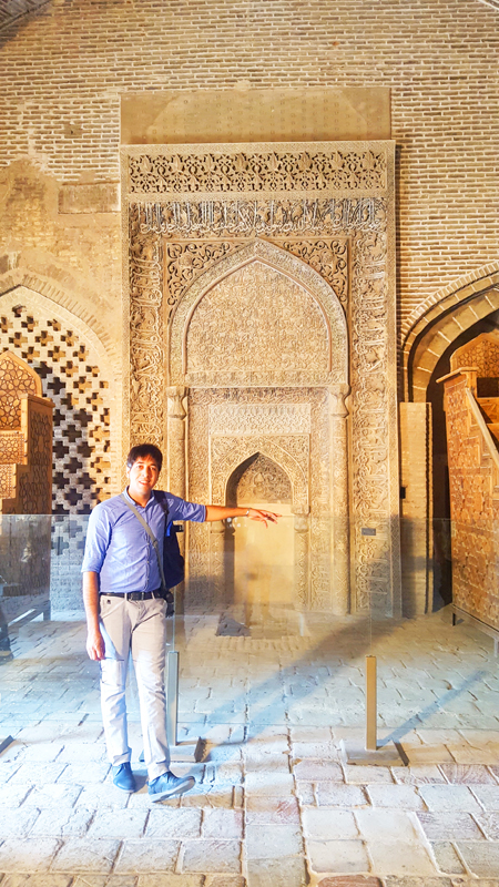 iran-tour-kultur-reise-isfahan-jamee-moschee-guide